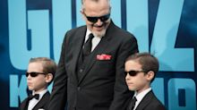 Miguel Bosé posa por primera vez con sus hijos en un estreno en Los Ángeles