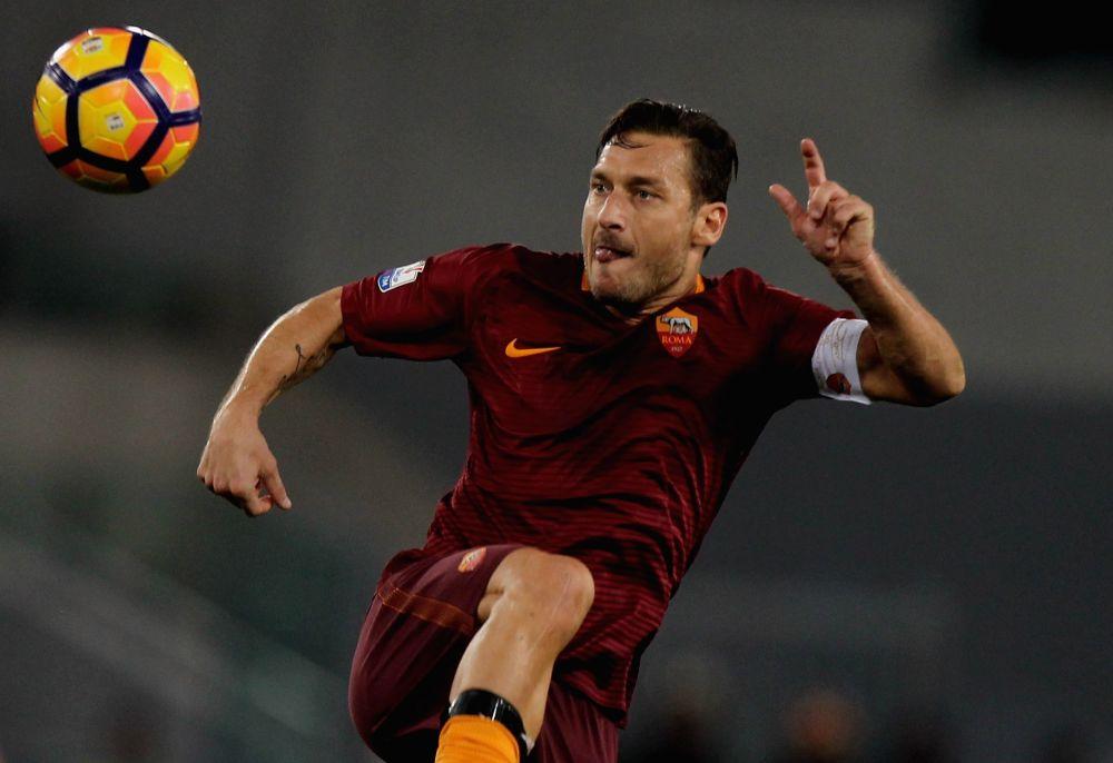 """Roma, Totti non è scaramantico: """"Il derby lo vinciamo noi 2-0"""""""