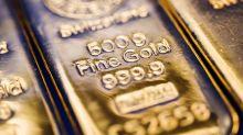 Gold Ekes Gain as Economic Data, Global Tumult Spur Fed Cut Bets