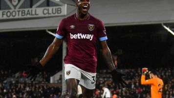 Fulham vs West Ham: Early goals see Hammers cruise past Claudio Ranieri's lacklustre Cottagers