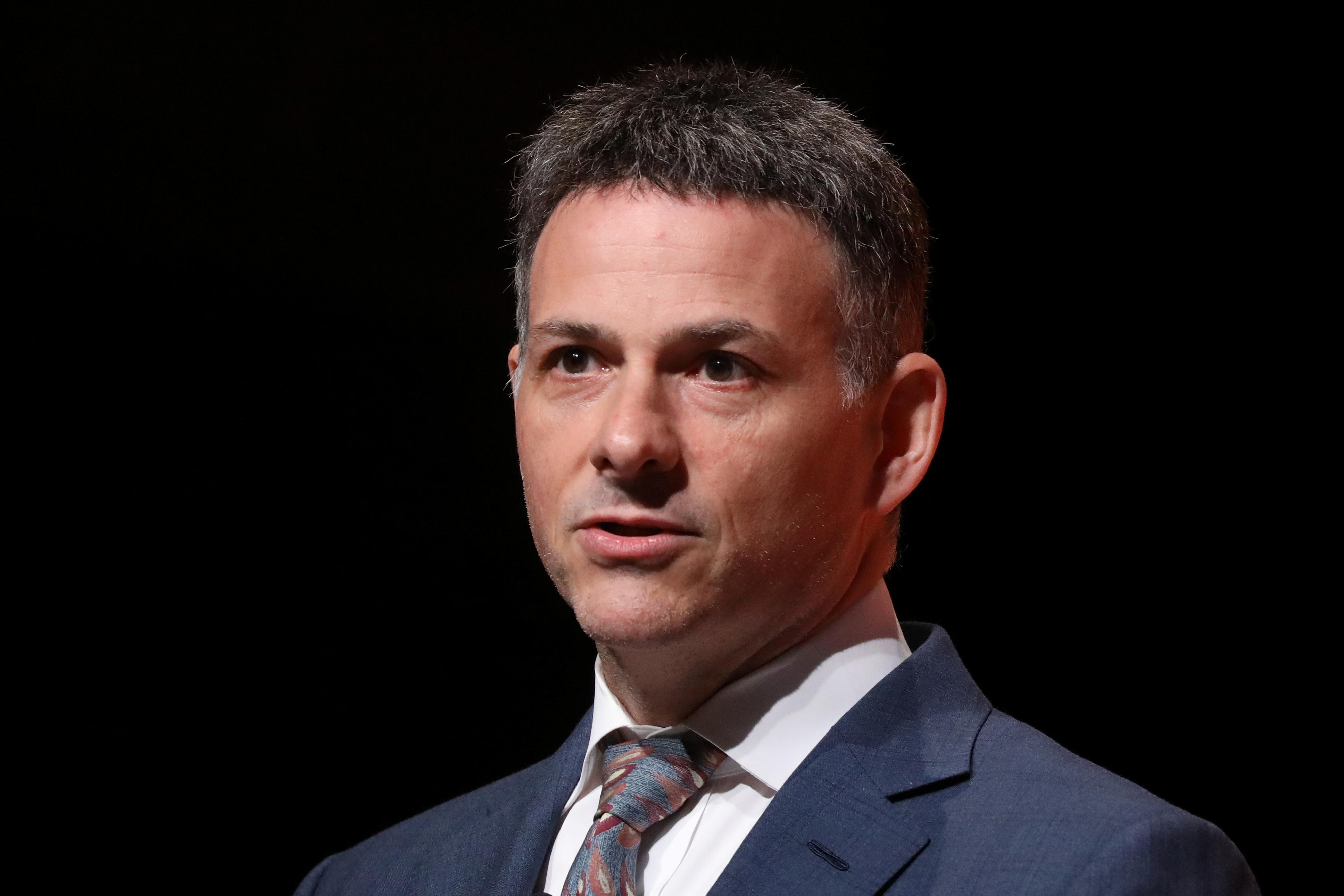David Einhorn demands Elon Musk resign over solar panel flap