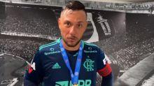 Diego Alves devolve provocação a jogador do Fluminense: 'No Rio, Pacheco que eu conheço é drogaria'