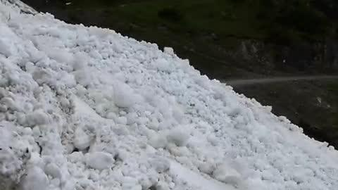 Mesmerizing River of Snow!