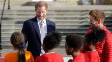 El príncipe Harry reaparició en público por primera vez desde crisis real