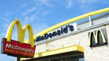 """Sindicatos presentan queja contra McDonald's en la OCDE por """"acoso sexual sistemático"""""""