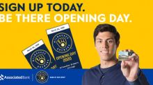 Milwaukee Brewers fans have opportunity to score coveted Opening Day tickets against the Chicago Cubs(1)