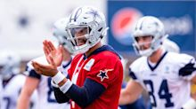 Dallas Cowboys QB Dak Prescott leaves practice early with strained right shoulder