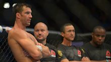 Luke Rockhold still irked by Michael Bisping loss: 'You have to realize that the best guys don't always win'