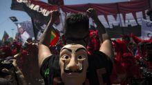 Chili: manifestation à Santiago pour le premier anniversaire du soulèvement social