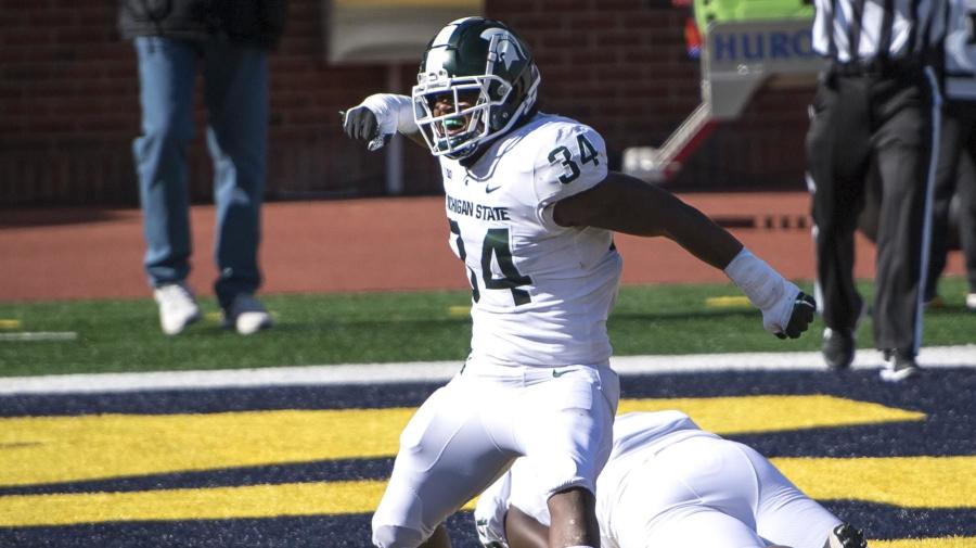 Michigan State turns corner, upsets rival Michigan