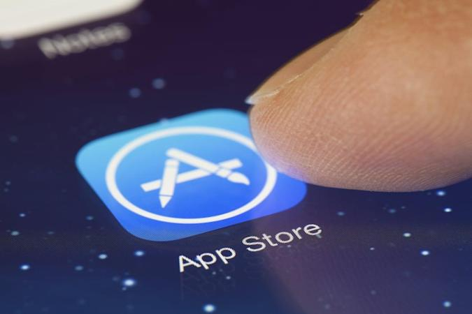 App Store's failed download bug traced to expired security certificate