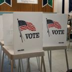 U.S. Supreme Court takes up presidential Electoral College dispute