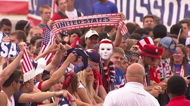 World Cup watch party gates open at Grant Park