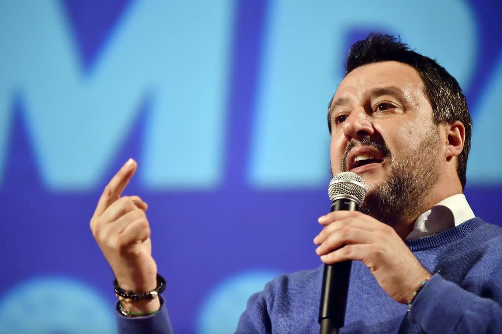 Coronavirus, Salvini: rischio contagi sopra i 100 in prossime ore