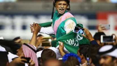 Arrogate comes from last place to win $10M Dubai World Cup by over two lengths