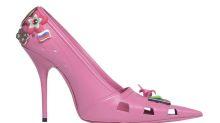 Wie ein Barbie-Schuh: Balenciaga designt pinke Stilettos im Crocs-Look