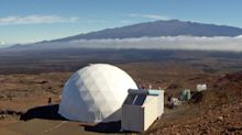 Volunteer crew begins an eight-month mission on Hawaii's make-believe Mars
