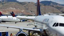 Delta Borrows $9 Billion in Largest Airline Debt Sale Ever