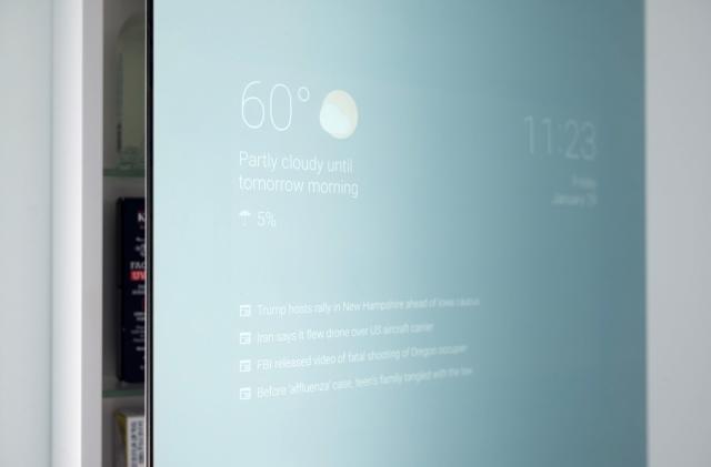Google staffer makes his own smart bathroom mirror
