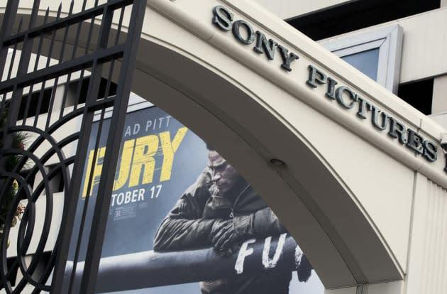 North Korea blames the US for internet outages following Sony hacks