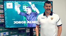 """Almirón: """"Para mí es un gran reto llegar a la liga española"""""""