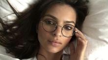 'Celebrities' con gafas graduadas: así es su versión más intelectual