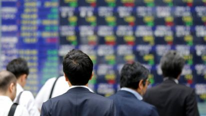 World markets steady as China congress starts