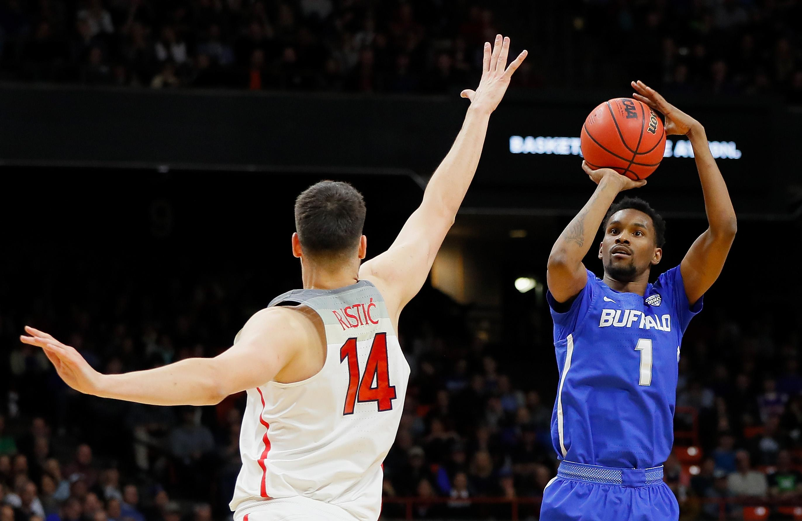Buffalo ends Arizona's strange season with resounding NCAA tournament upset