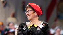 Annegret Kramp-Karrenbauer vor dem Narrengericht: Ganz schlechter Witz