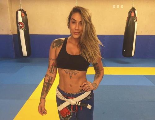 Dani Bolina resolveu dividir a carreira artística com o Mundial de Jiu-Jitsu. (Instagram/dbolina)