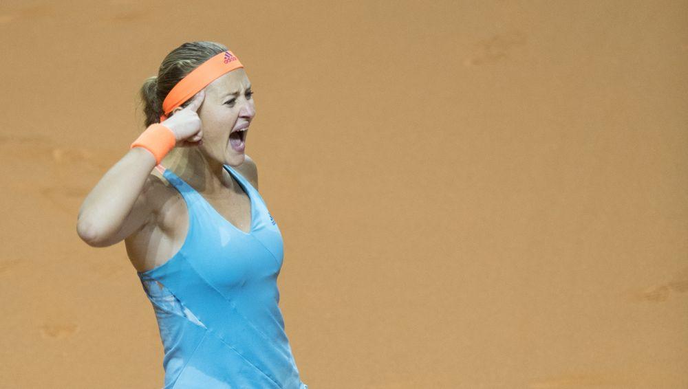 Stuttgart: Mladenovic s'offre Sharapova et une finale
