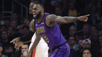 LeBron passes Wilt for 5th in all-time scoring