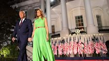Melania Trump tritt in Green Screen Kleid auf