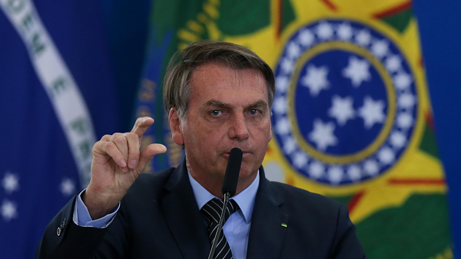 Bolsonaro critica questão do Enem sobre Marta e diz que futebol feminino não é realidade no Brasil