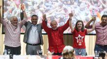 'PT não tem que fazer autocrítica', diz Lula em evento do partido na Bahia