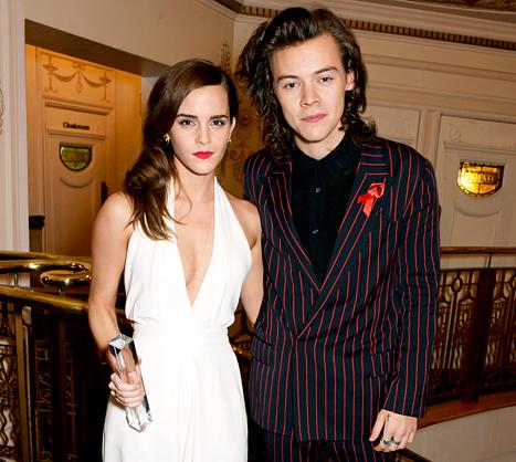 c10a699cd68 Harry Styles Presented Emma Watson With a British Fashion Award ...