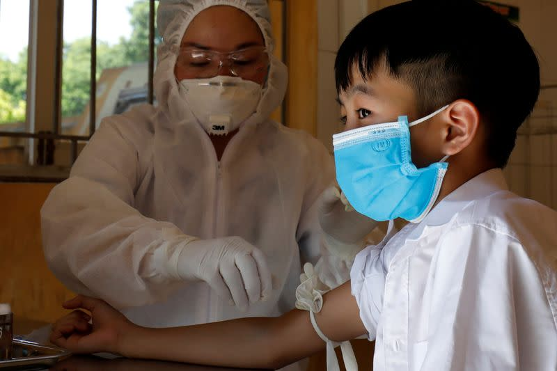 Vietnam reports 37 more coronavirus cases, 26 imported