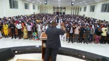 A pressão de Bolsonaro e parlamentares para ajudar a Igreja Universal em Angola
