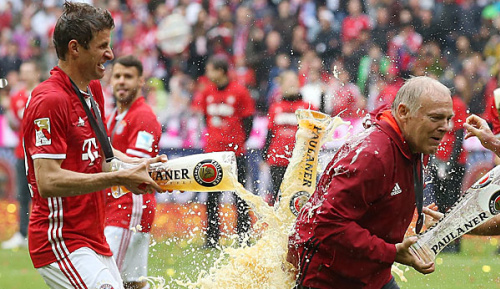 Bundesliga: Jonker: Gerland wettete mit Hoeneß um Müller