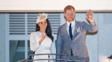Prince Harry and Meghan Markle leave Fraser Island and make their way to Fiji