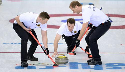 Wintersport: WM: Curler holen zweiten Sieg
