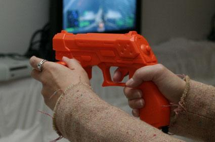 PS3 Guncon relies on Wii-like pointer