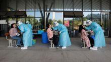 China reporta su primera muerte por coronavirus después de ocho meses