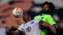 ¿Está en riesgo de no jugarse el Colo Colo - Peñarol por coronavirus?