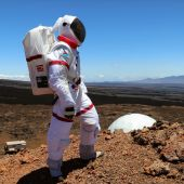 What's it like to live on Mars? Six scientists emerge from a yearlong Mars simulation
