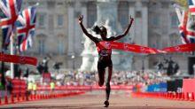 Cheruiyot shocks Keitany to win London Marathon