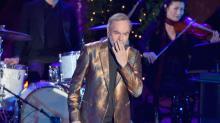 Warm memories on a hot August night: Neil Diamond's nostalgic 50th anniversary Forum show