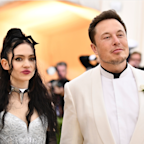 Grimes says boyfriend Elon Musk never tried to stop Tesla workers from unionizing, calls it 'fake news' in a now-deleted tweet (TSLA)