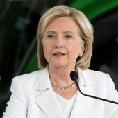 Clinton campaign claims media bias in Clinton Foundation report