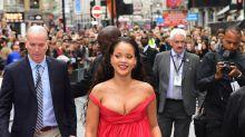 Rihanna se pasa de escote by Giambattista Valli